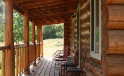 cabin-buffalo-wyoming-dude-ranch