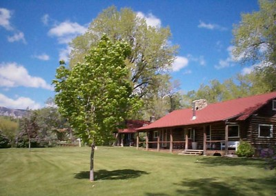klondike-dude-ranch-Main-Lodge